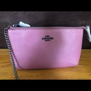 NWT COACH LEATHER WRISTLET CHAIN CLUTCH BAG PINK